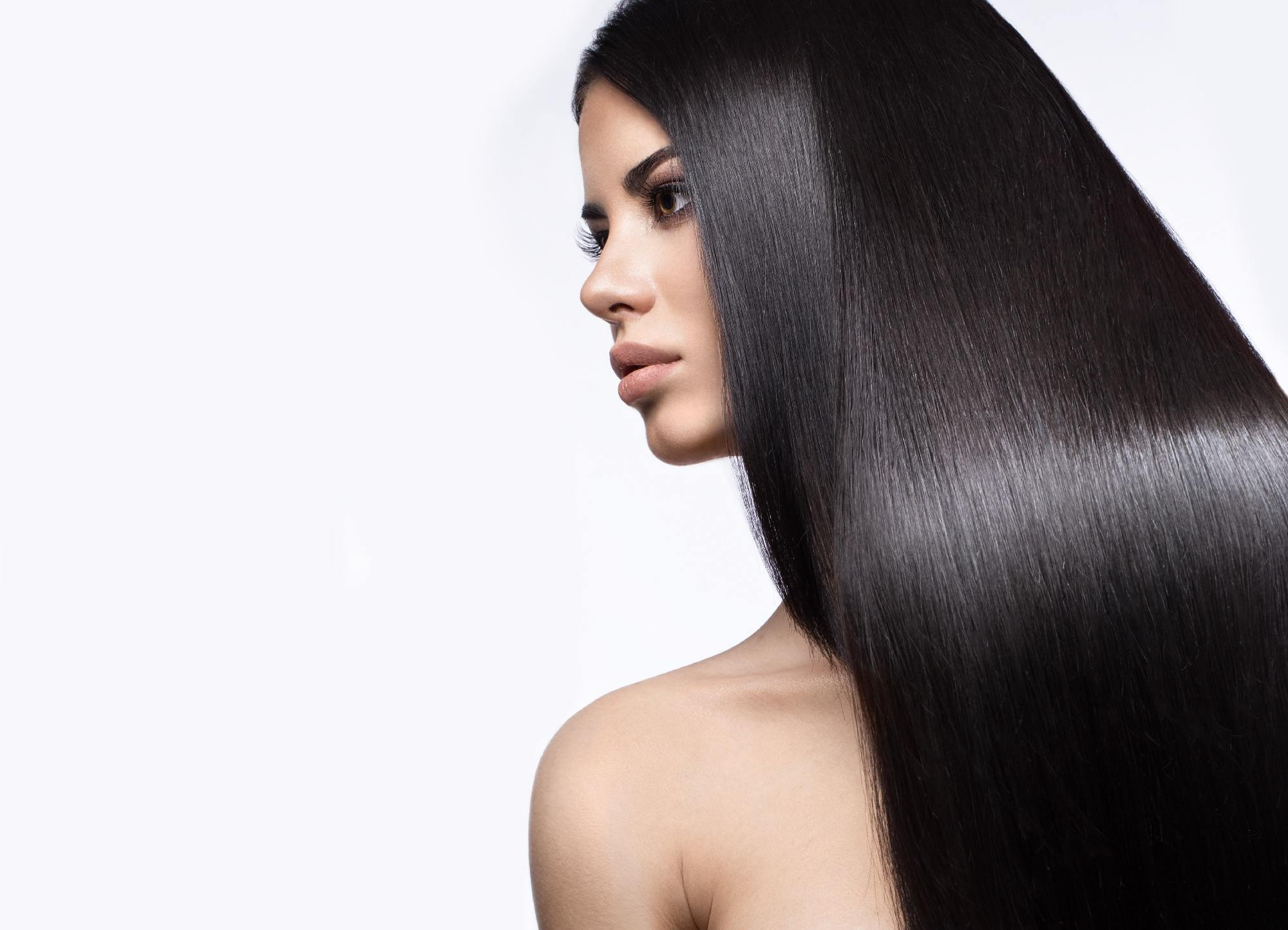 chemically straightened hair - reliable conditioner Shutterstock