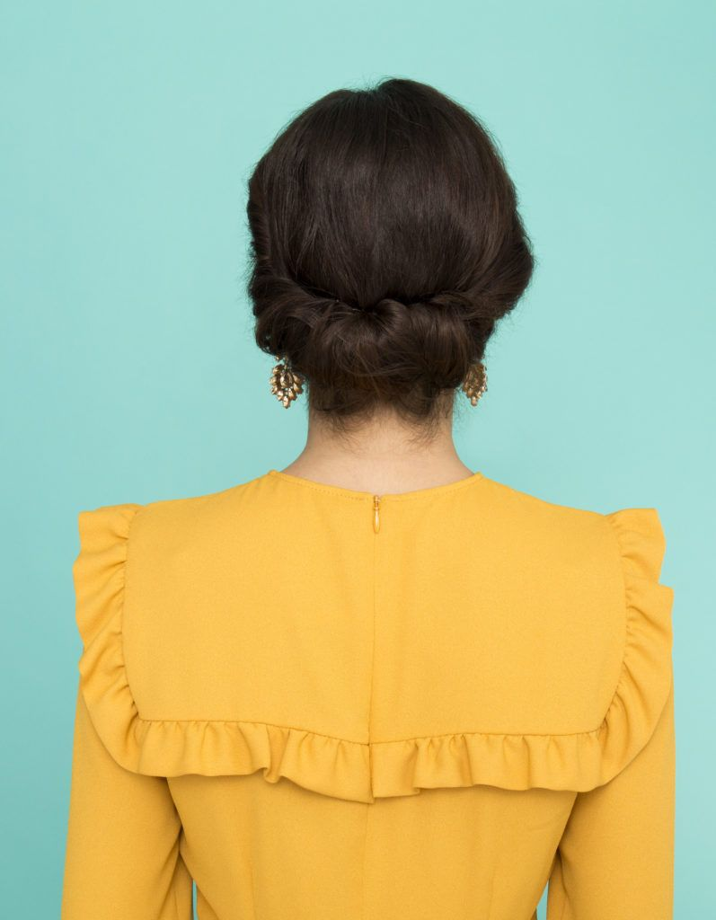Casual And Easy Updos You Can Wear At School Or Work