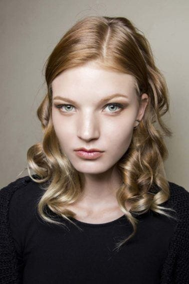 How to curl medium length hair in 3 different ways using a flat iron