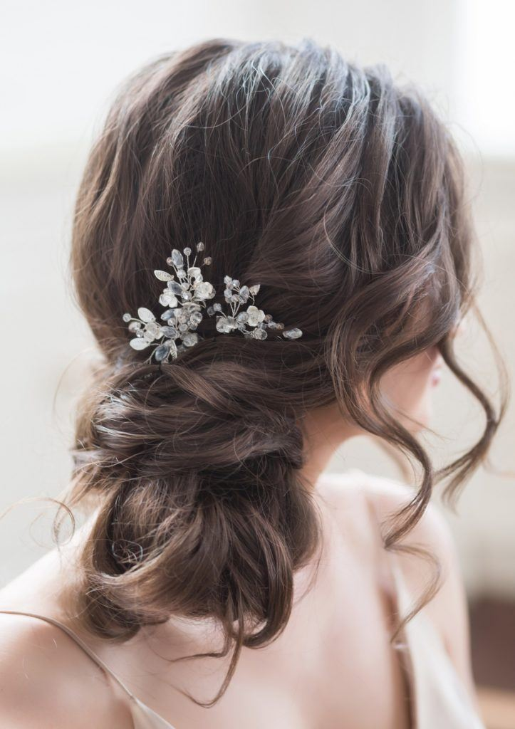Bridal Hairstyle: Wedding Looks Perfect For A Beach