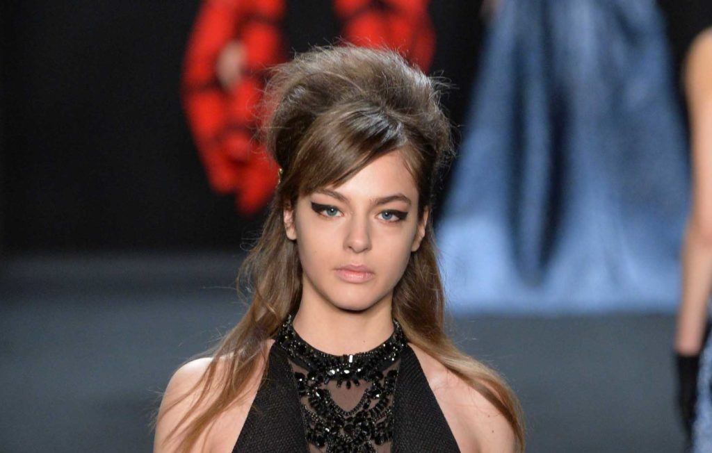 Bangs For Round Face Find The Most Flattering Styles For You All