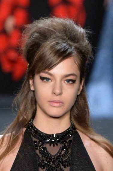side swept bangs for round face