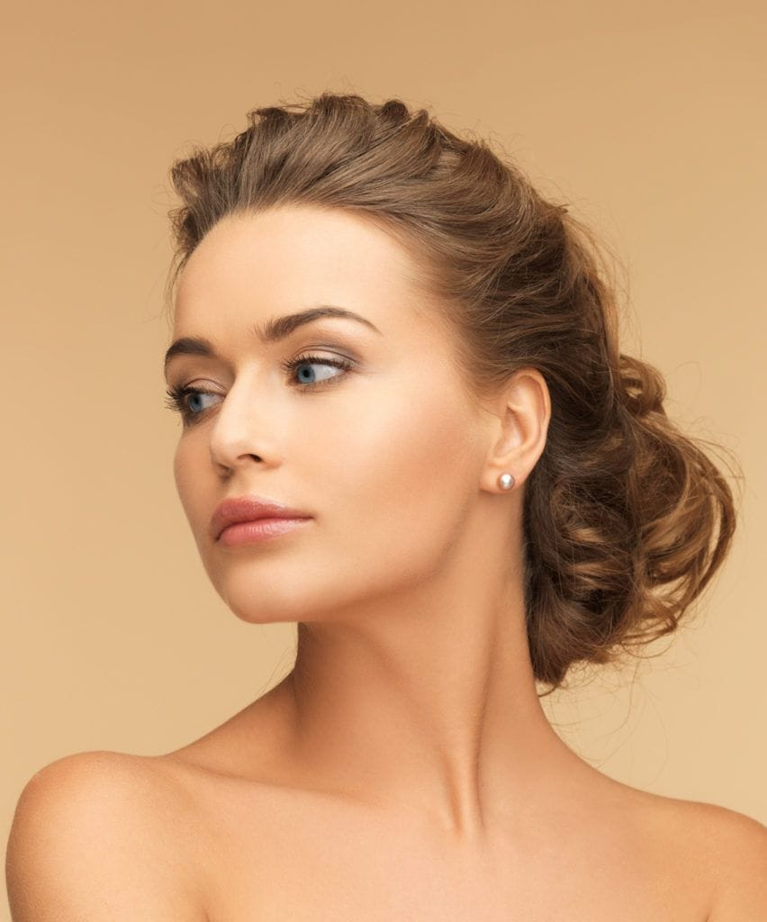 How to choose the perfect wedding hairstyles for your dress - All ...