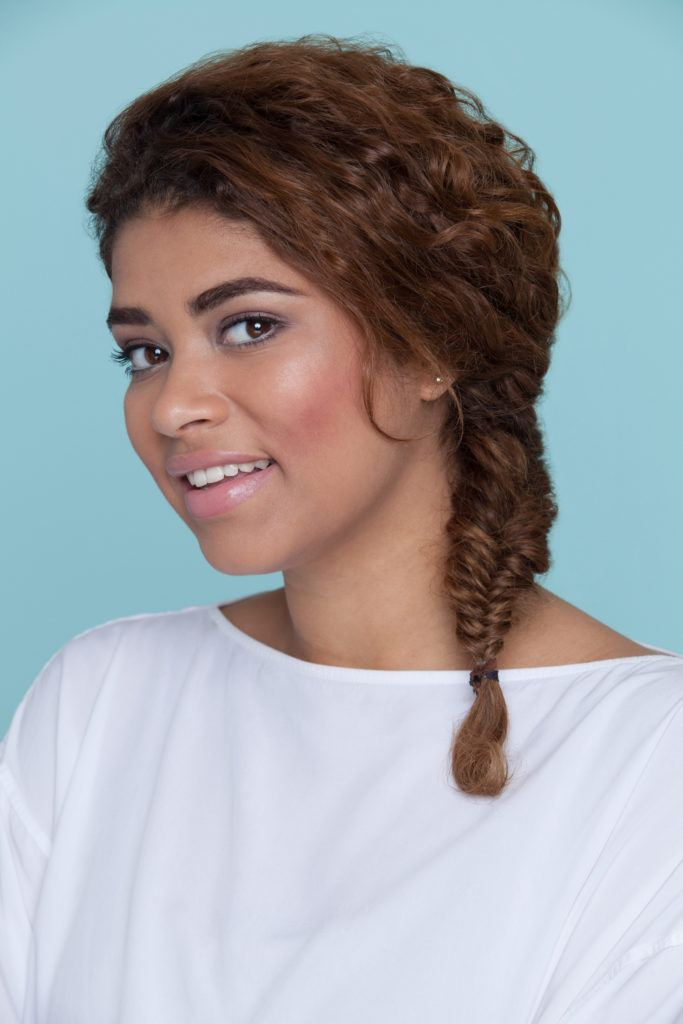 hairstyles for different types of curly hair: fishtail braid