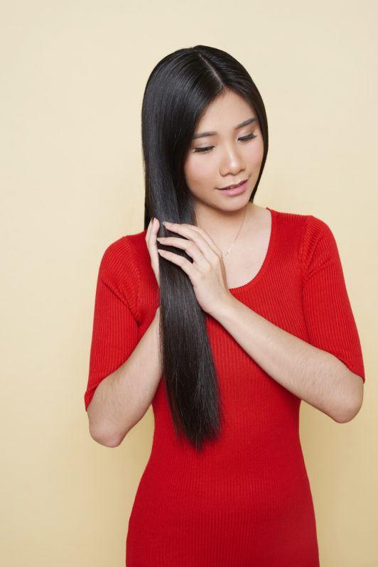 beehive-hairstyle-tutorial-step-1