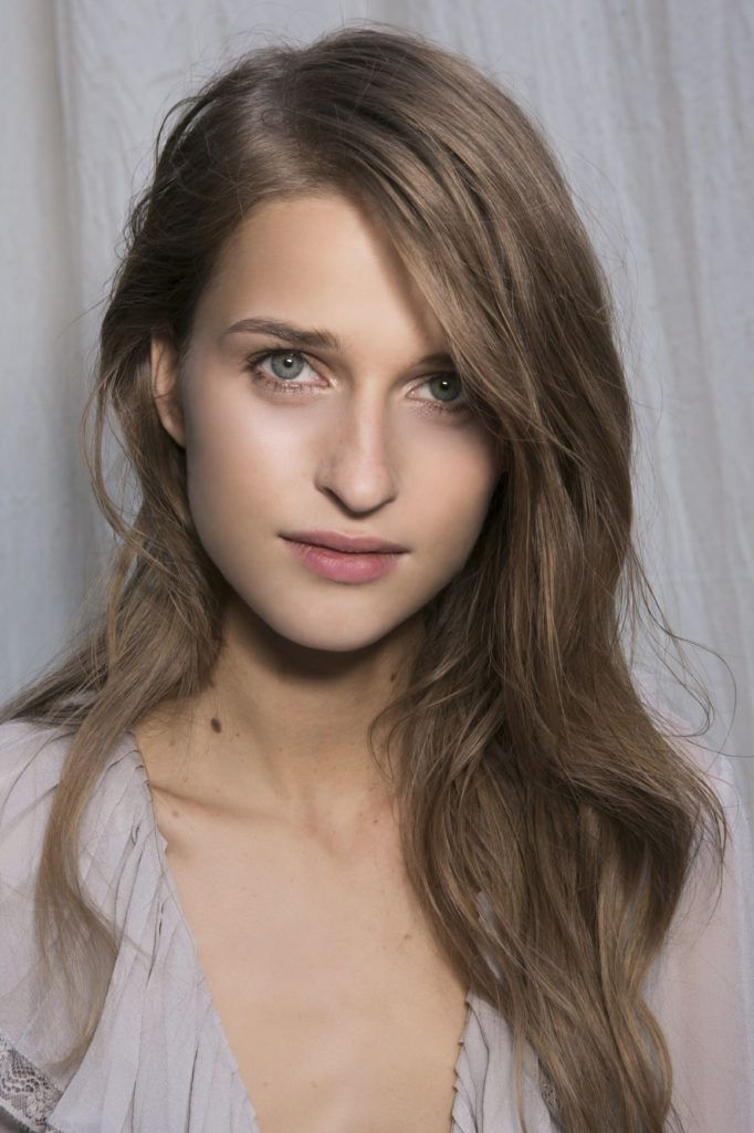 Beautiful Side Swept Hairstyles For Long Faces