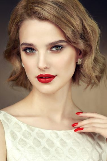 beachy waves prom hairstyles for short hair