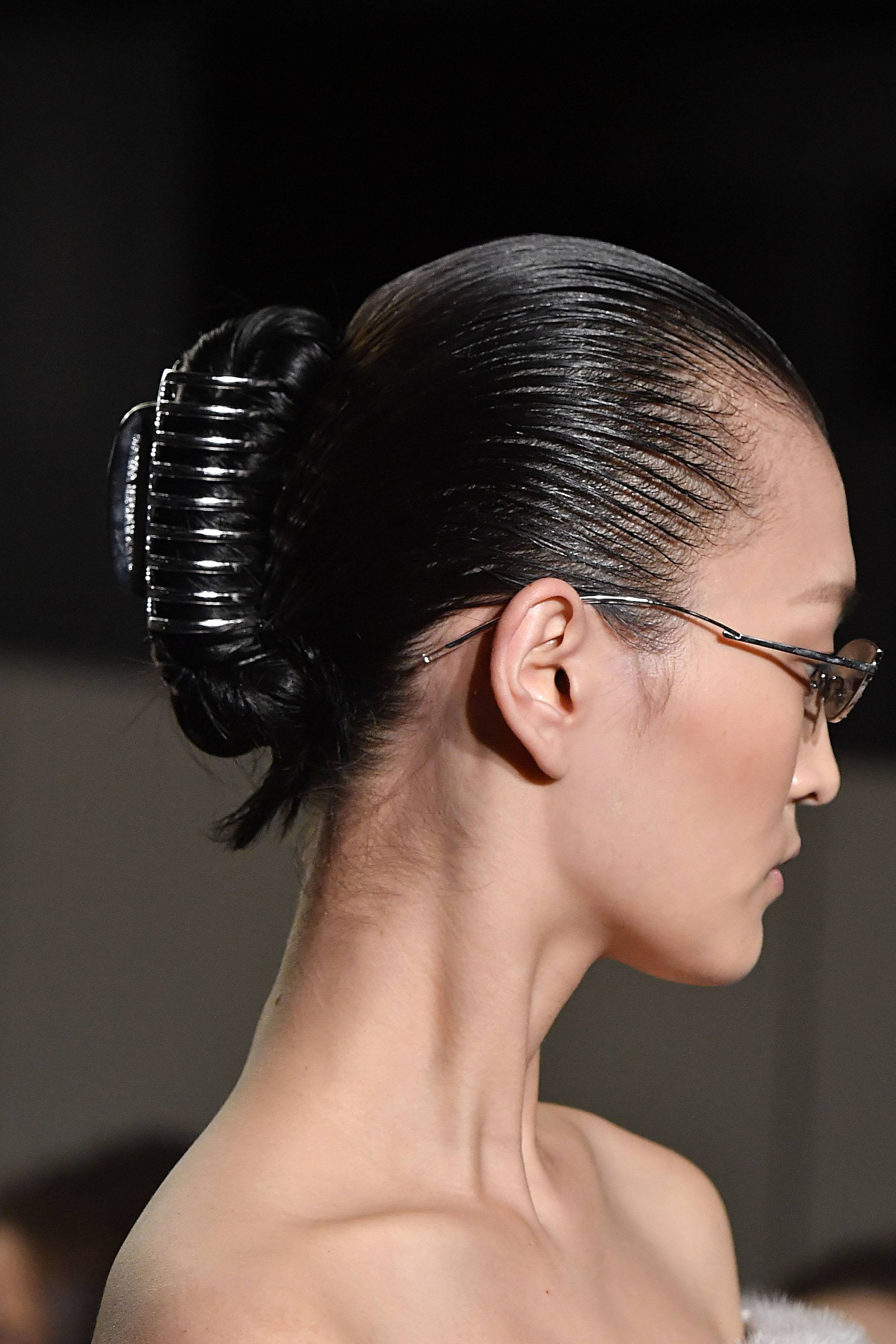 claw hair styles fashion week hair alert the claw clip is back all 8220