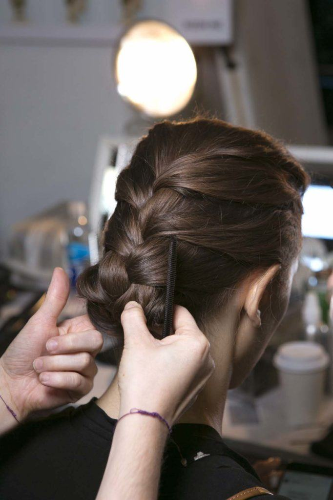 Braided hairstyles for prom: French braid tuck