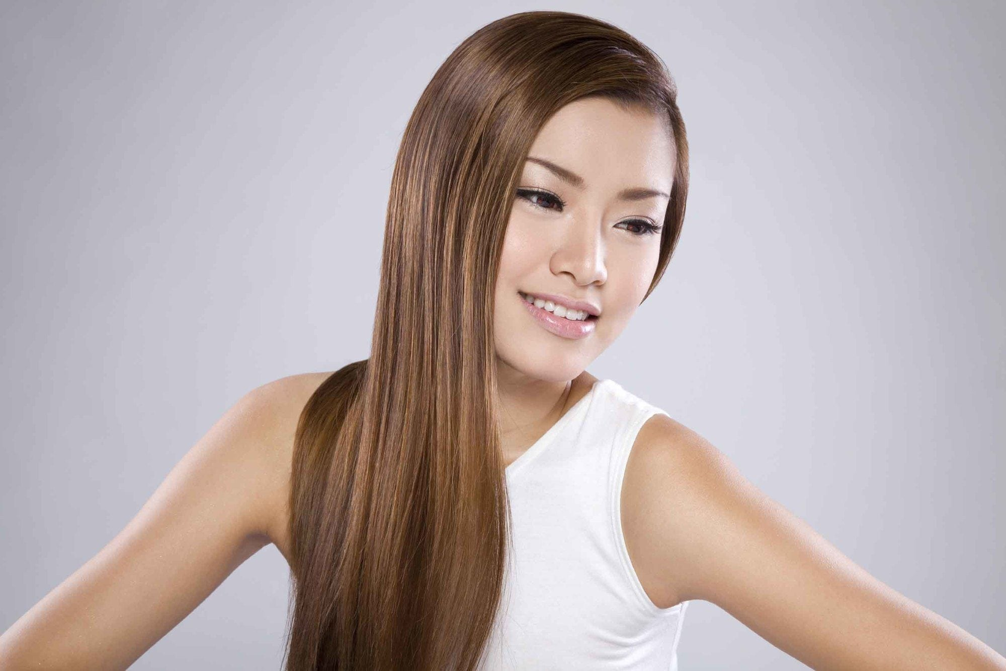 brown hair color shades for Filipinas: Warm Highlights