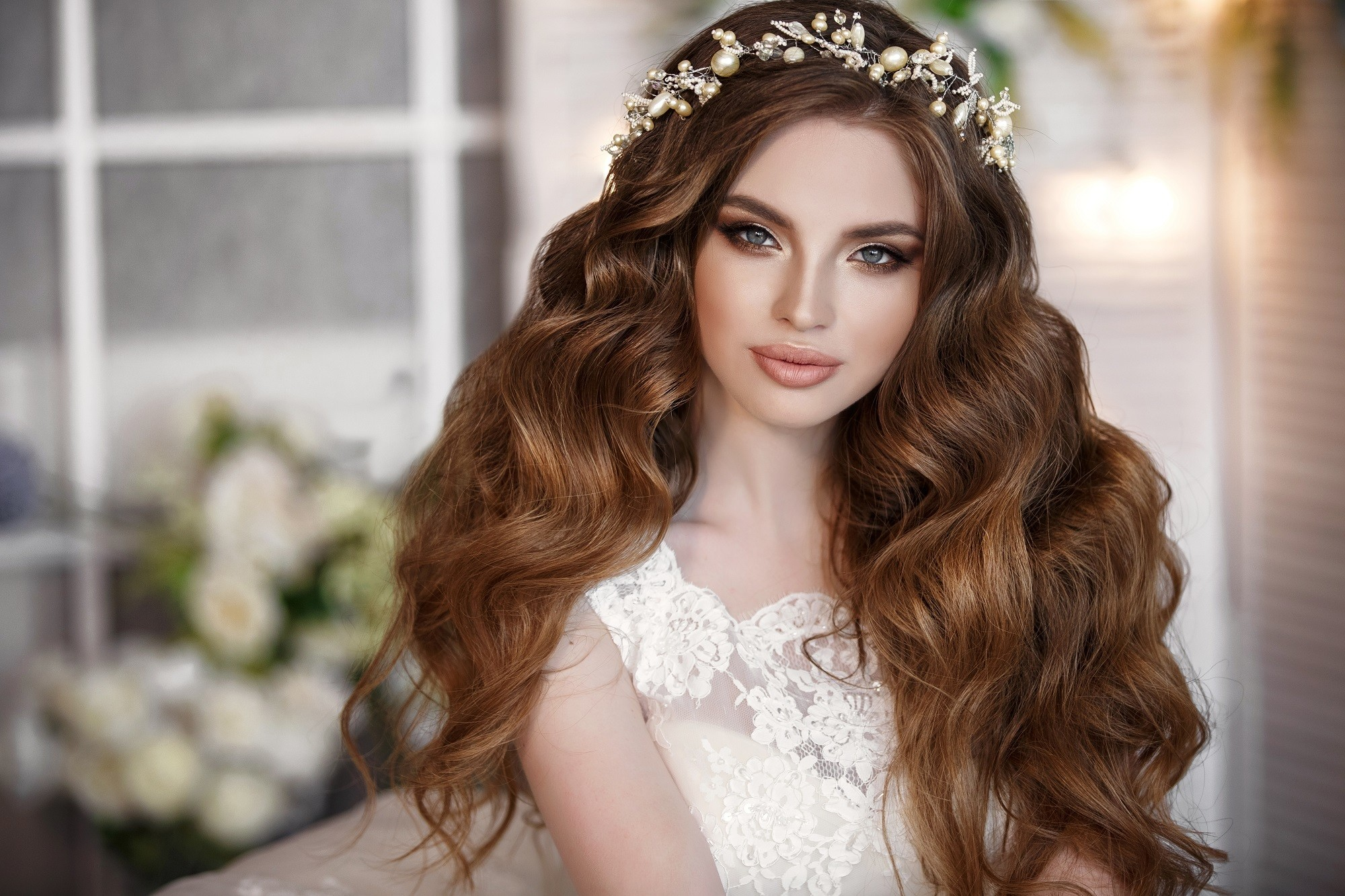 Curly Wedding Hairstyles For Kulot Brides