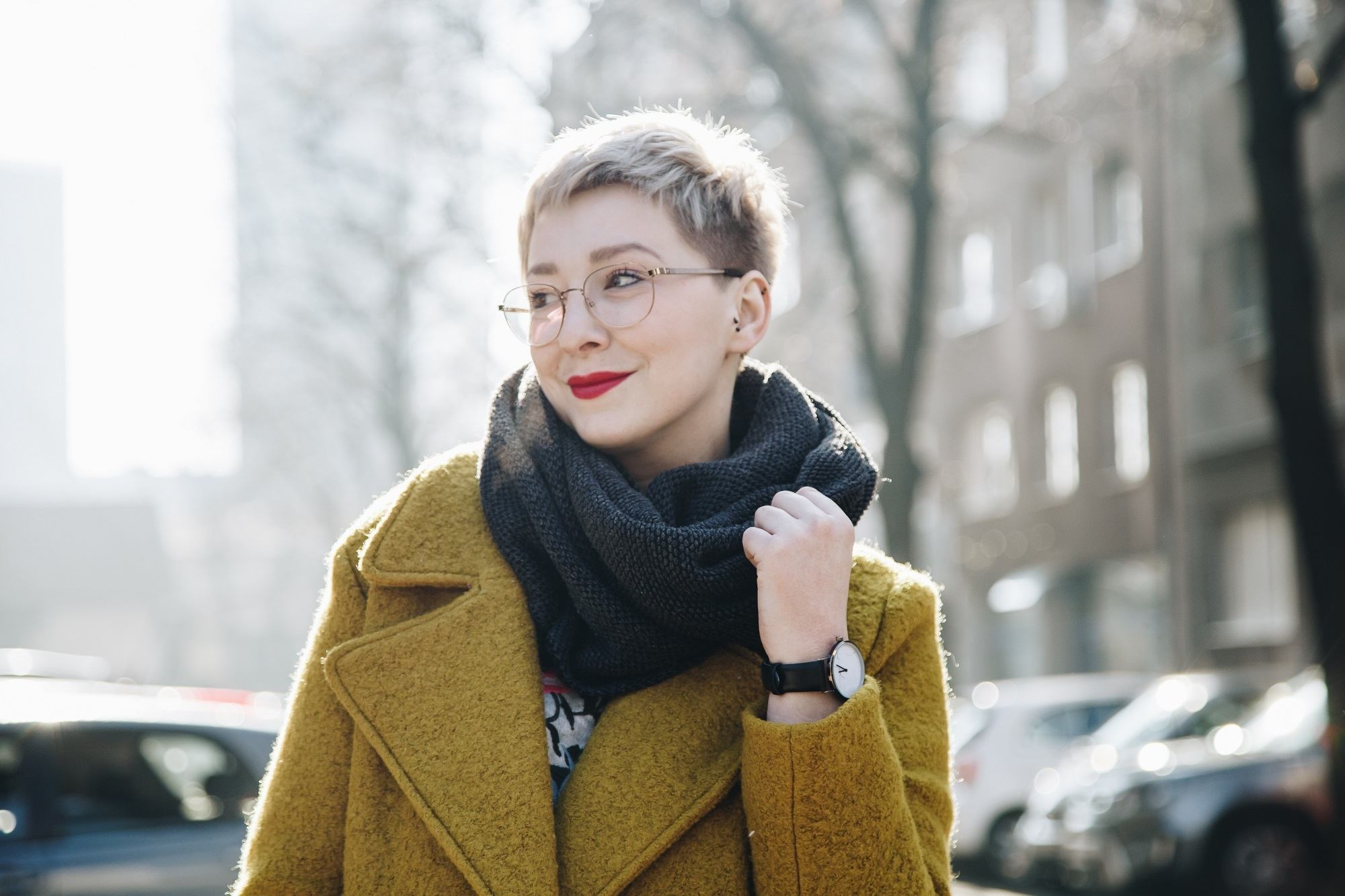 Pixie cut: Hairstyles for glasses wearers