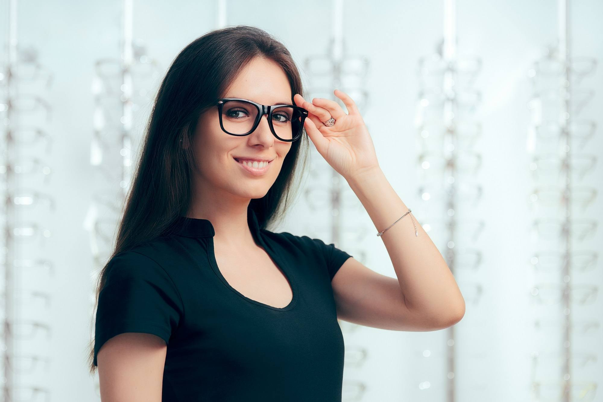 Bespectacled Beauty: 5 Best Hairstyles For Glasses Wearers