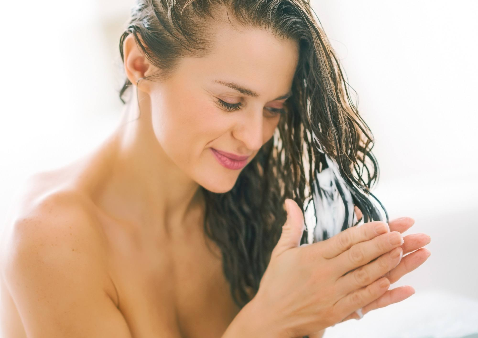Hair caret tips for thin hair: Use the right conditioner