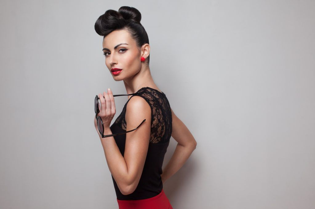 Buns for short hair: Top buns for pixie cuts