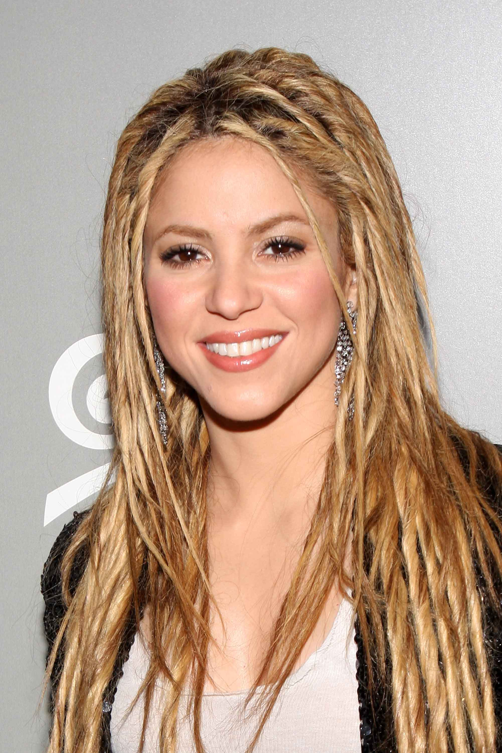 "Shakira's Rolling Stone Cover Celebration & ""She Wolf"" Album Launch Party"