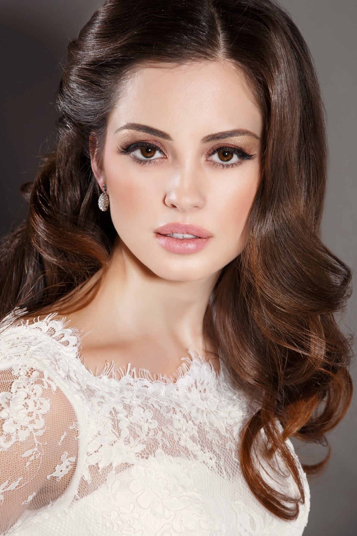 bridal-hairstyles-for-square-faces-10.jpg