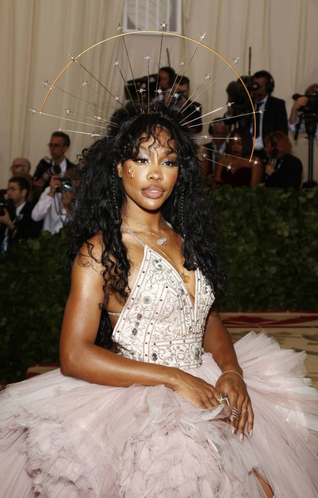 SZA Hairstyle